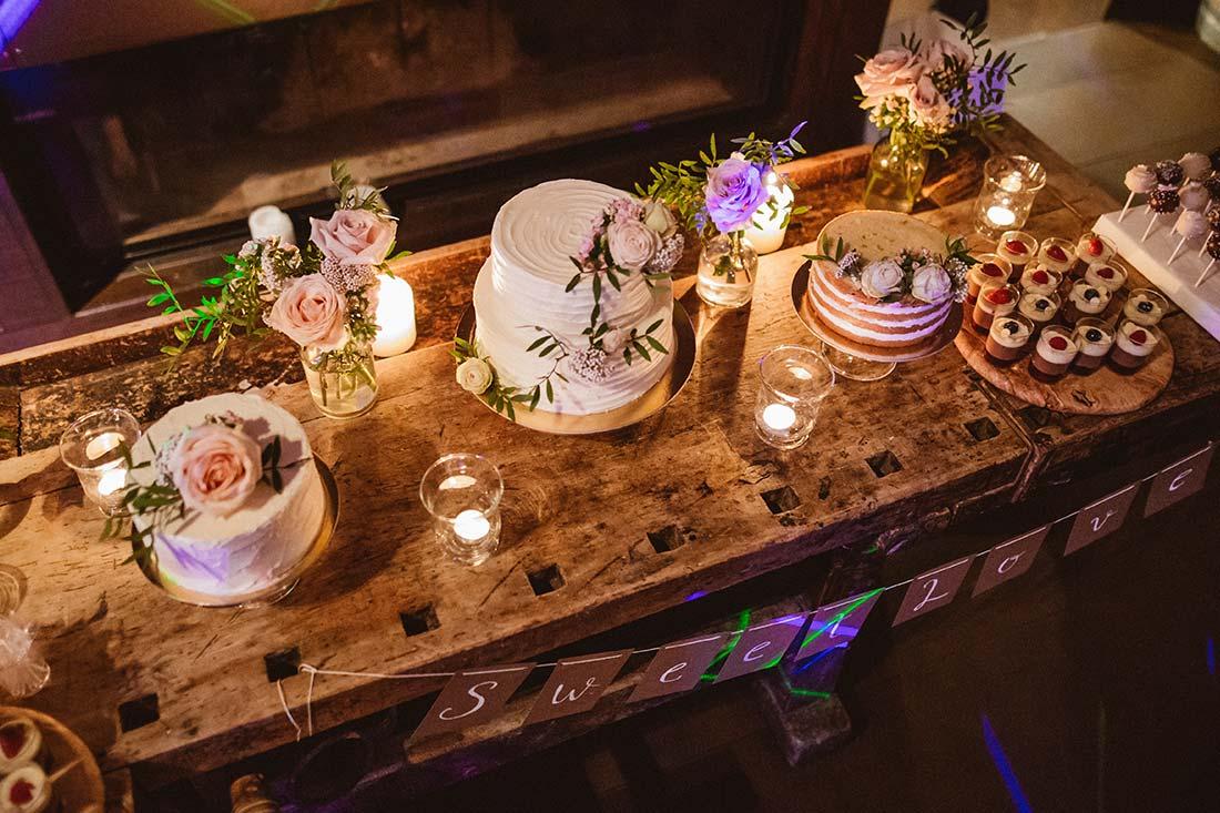 13-sweet-table-wedding-day