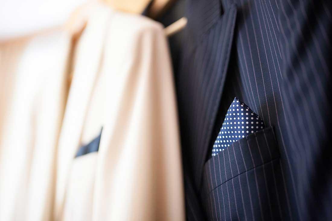 IL-02-blac-white-men-suit