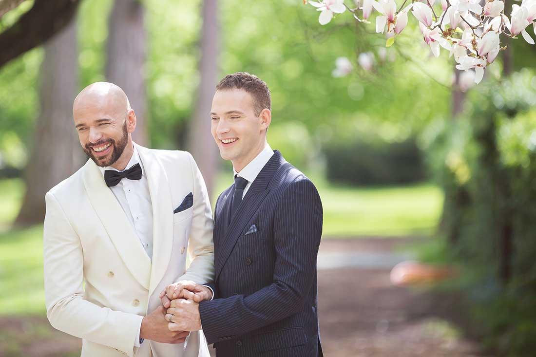 IL-07-gay-wedding-lake-bled