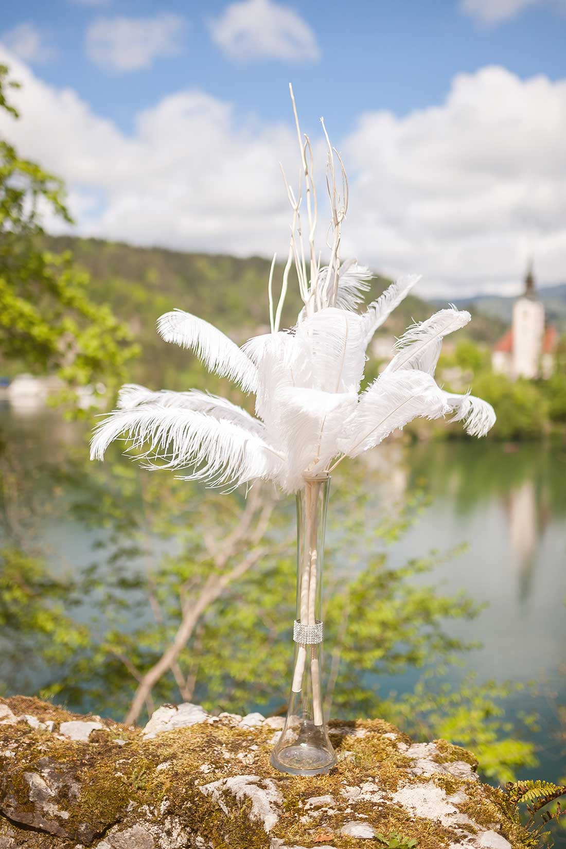 IL-21-feather-wedding-ceremony-decoration