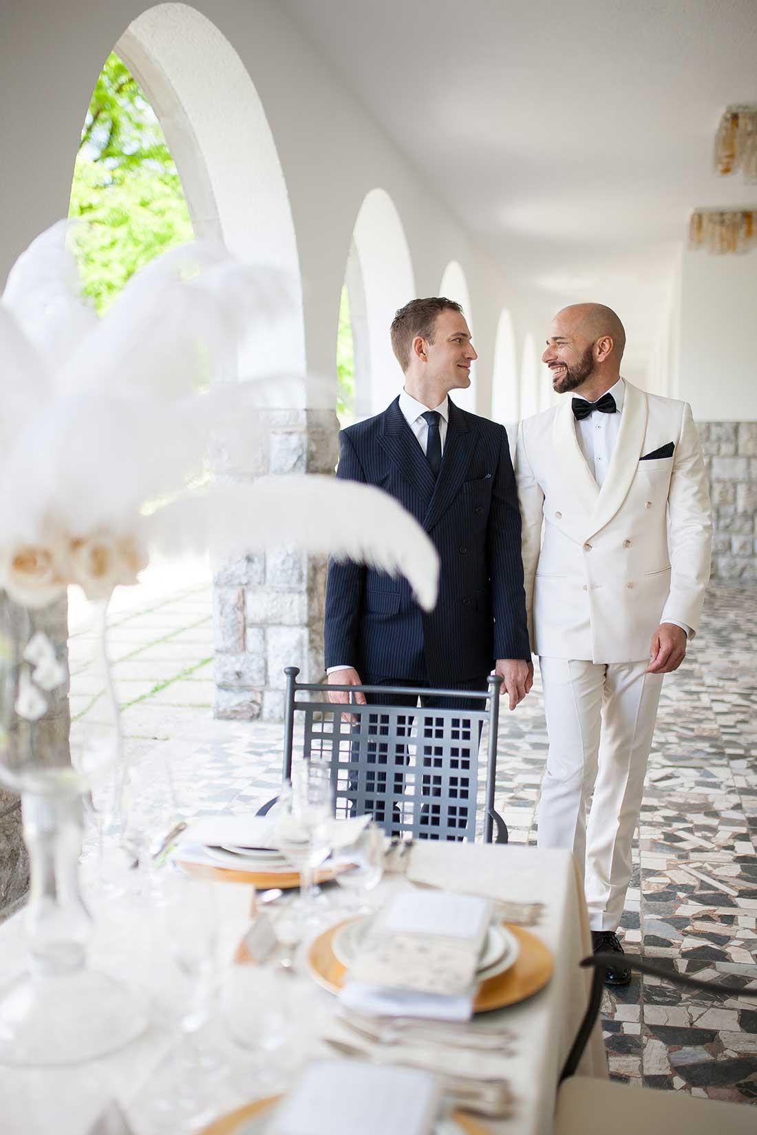 IL-34-wedding-main-table-samesex-wedding