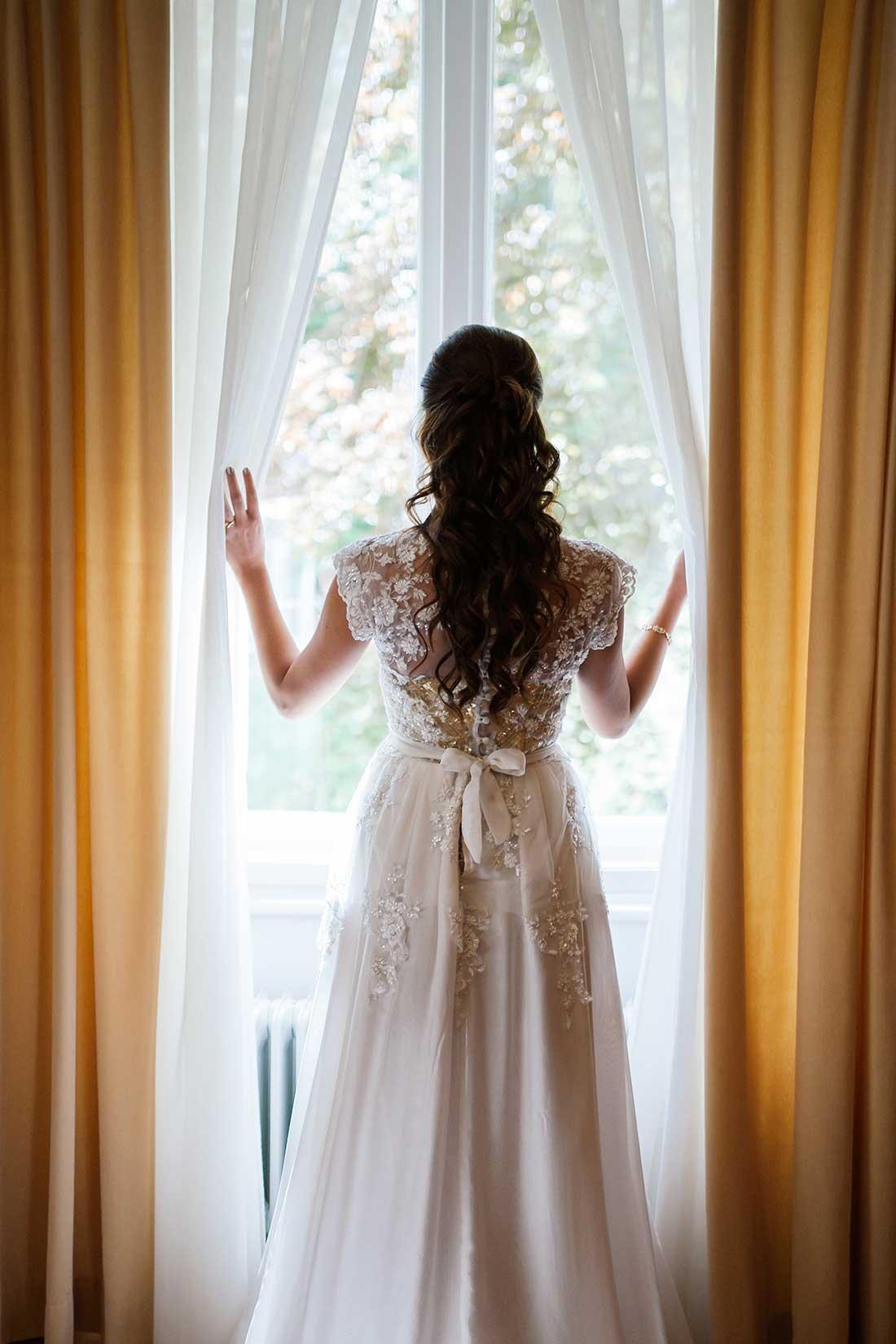 MA-09-beautiful-gold-lace-wedding-dress