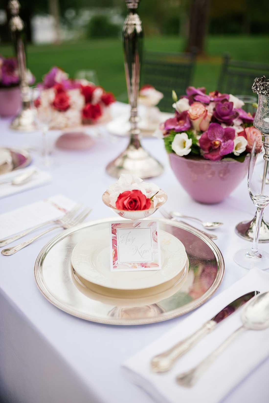 MA-24-pink-calligraphy-wedding-name-card