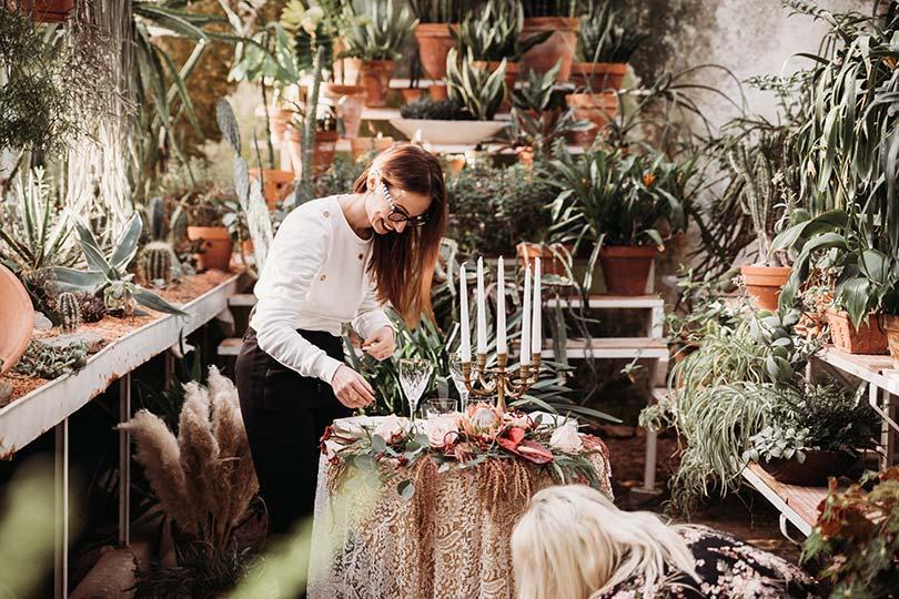 Certified Slovenian wedding planner and dedsigner Petra Starbek design elopement table for two