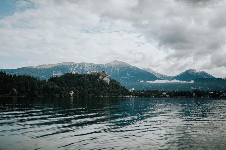 Bled Island sits in the middle of Lake Bled. Its crowning glory is the historic Church of the Assumption. This famous site is a popular choice for couples who want a Catholic, Evangelical or Orthodox ceremony.