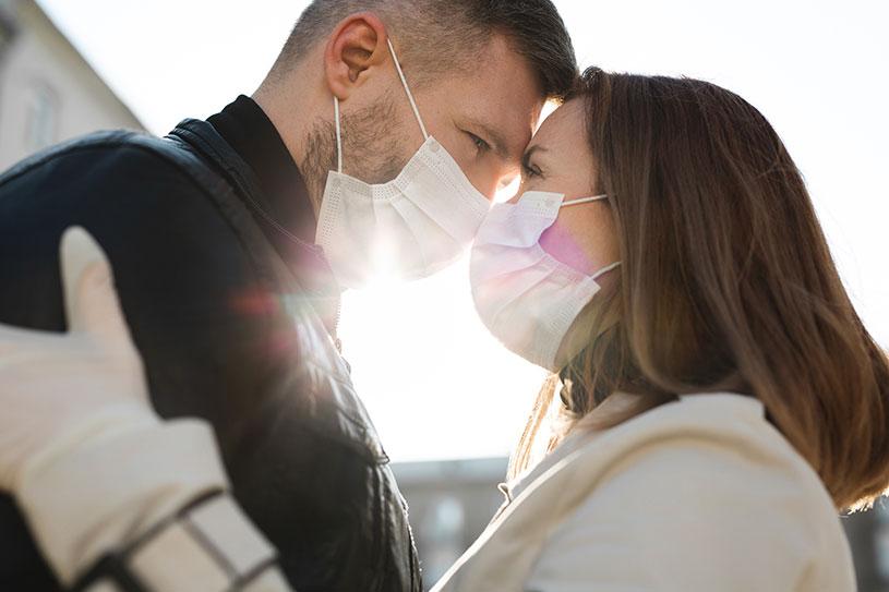 Because of coronavirus couple ware mask on their wedding shooting