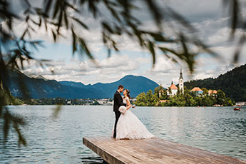Elope at Lake Bled view the wiev on Island Lake Bled