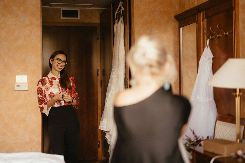 Relax lake bled wedding planner Petra Starbek talks with a makeup artist about wedding costs around Lake Bled